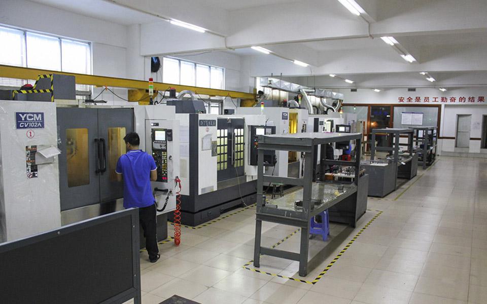 Precision CNC machine - HZ Technology